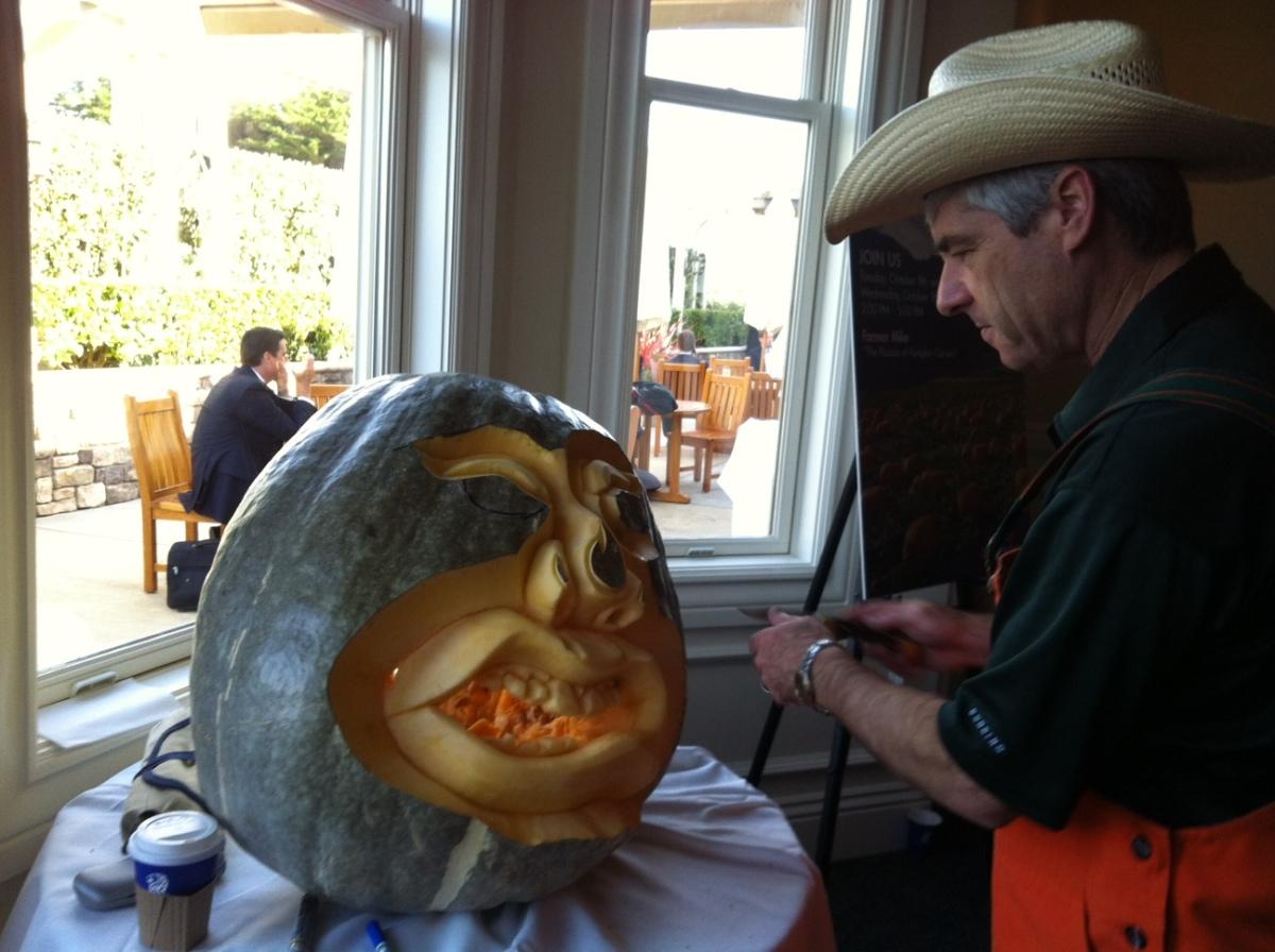 Farmer Mike, the pumpkin carving expert